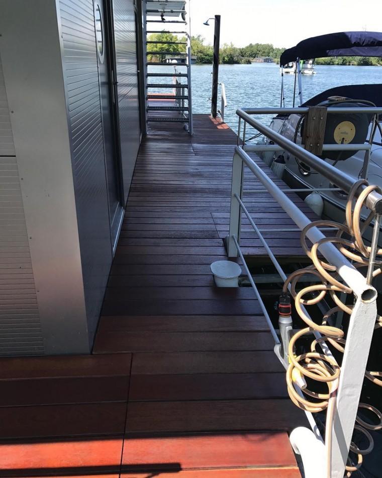 Ipe terasa houseboat Dunaj